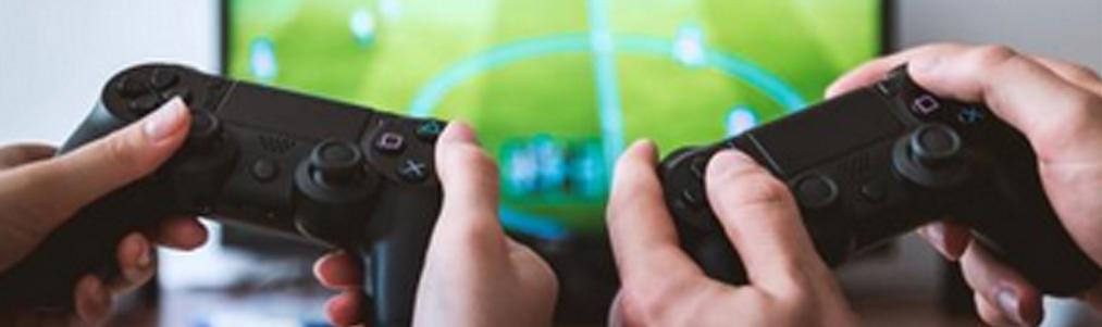 【最適サイズは?】ゲームやるテレビは32インチで十分じゃね?@えび通